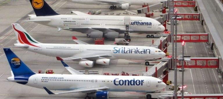 Use Different Airlines for Booking Air Tickets